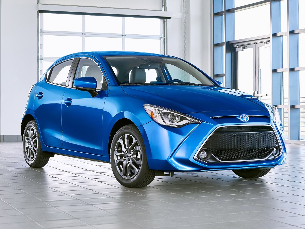 2020 Toyota Yaris Hatchback Blue Front View