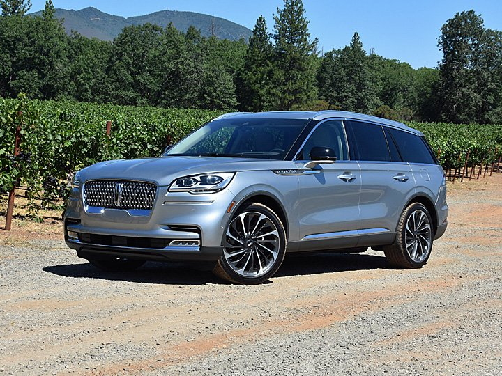 2020 Lincoln Aviator Reserve Silver Front Quarter