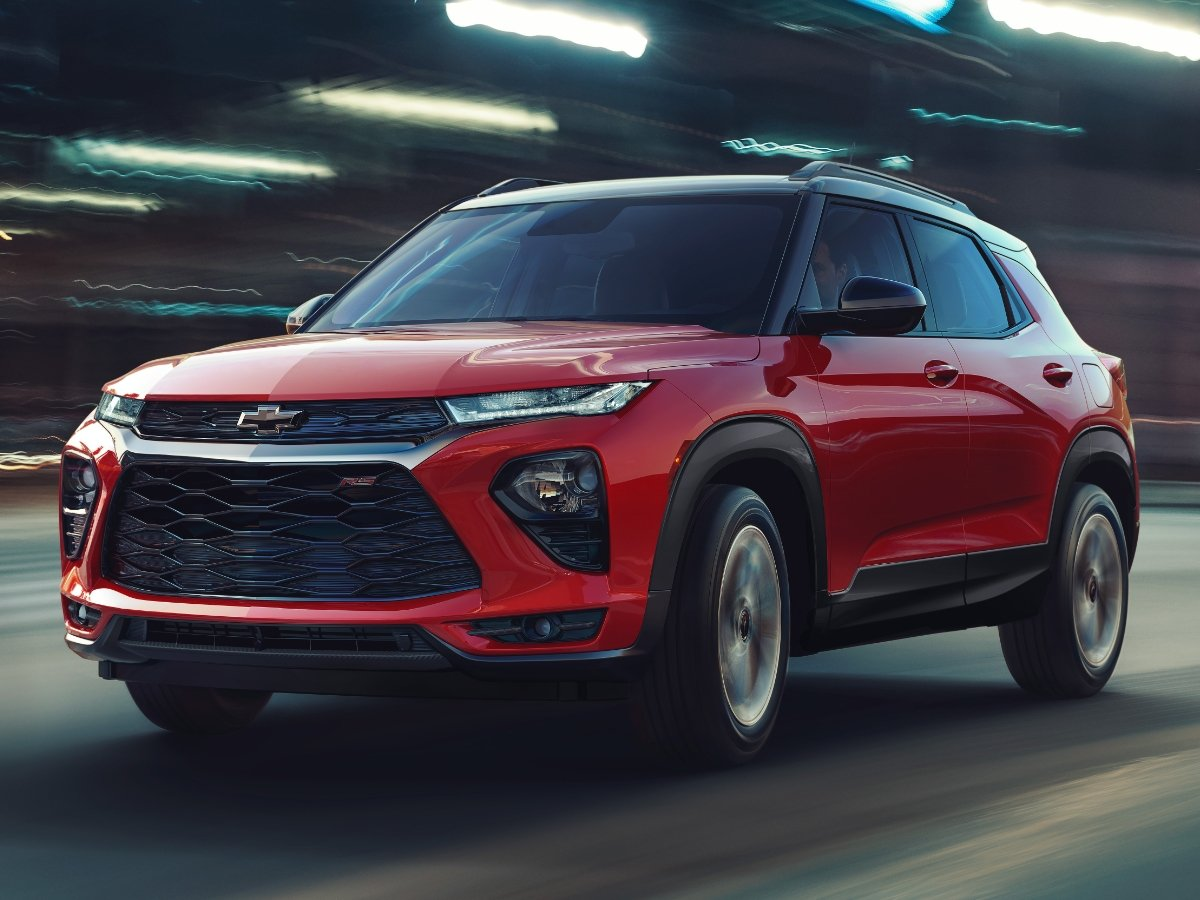 2021 Chevrolet Trailblazer RS Red Action