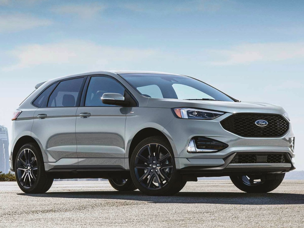 2021 Ford Edge ST-Line Gray Front View