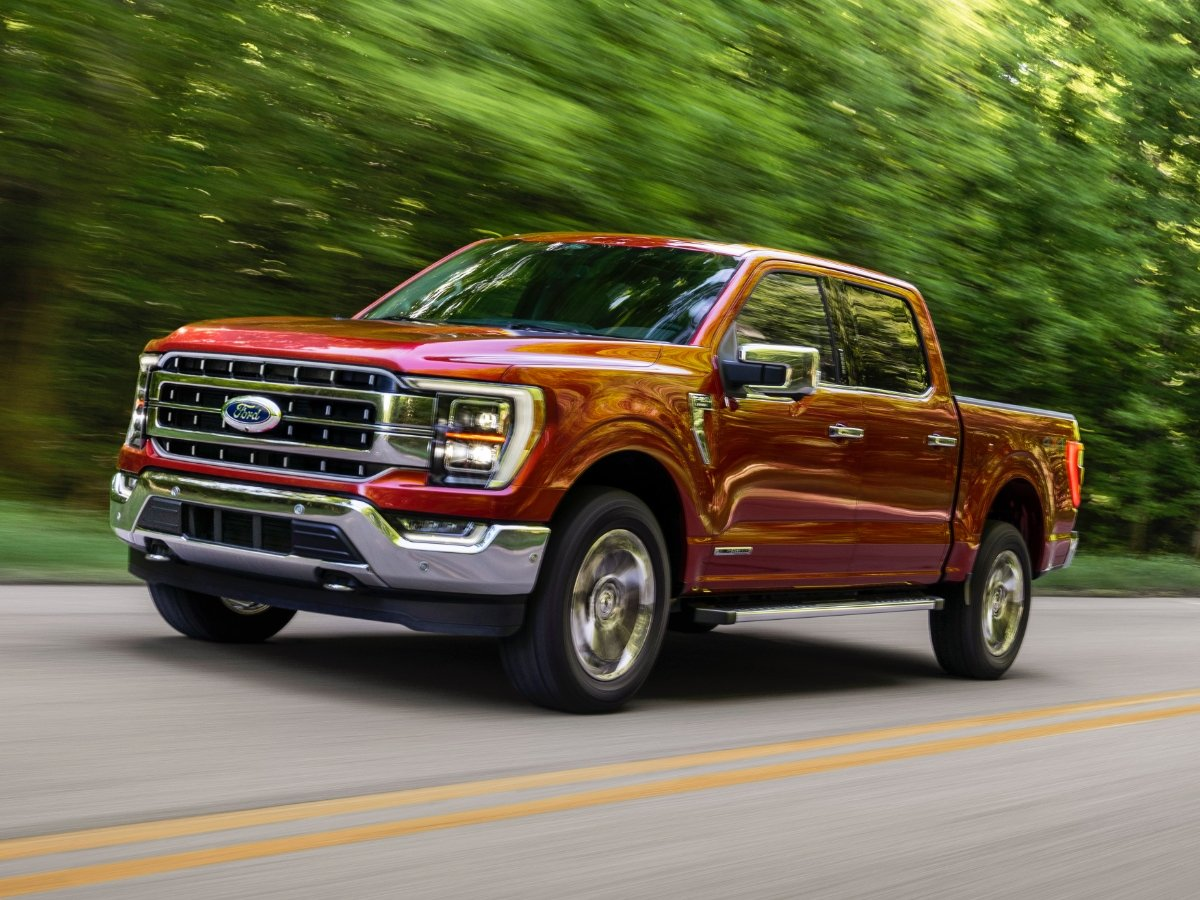 2021 Ford F-150 Front Quarter View