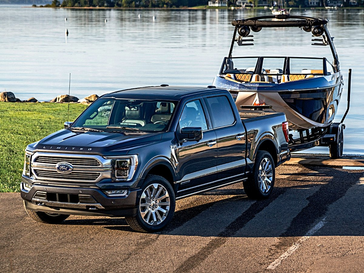 2021 Ford F-150 Limited Blue Towing Boat
