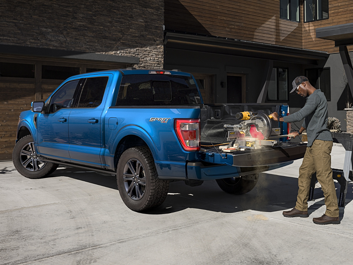 2021 Ford F-150 XLT Sport Blue Tailgate Work Surface
