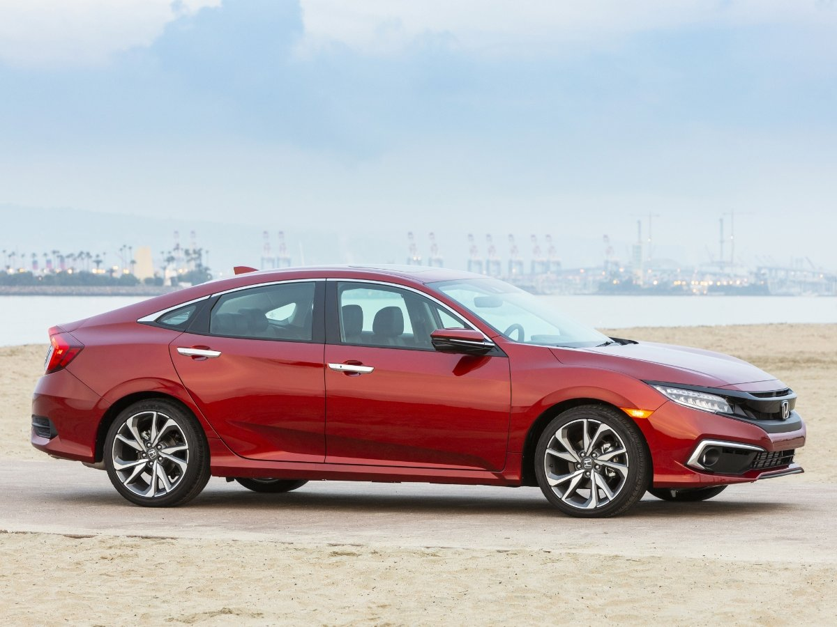 2021 Honda Civic Touring Red Side View Front