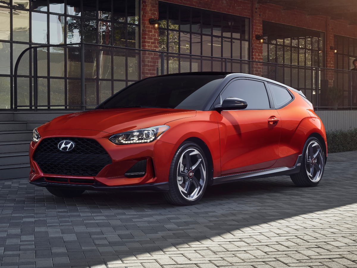 2021 Hyundai Veloster Front Quarter View