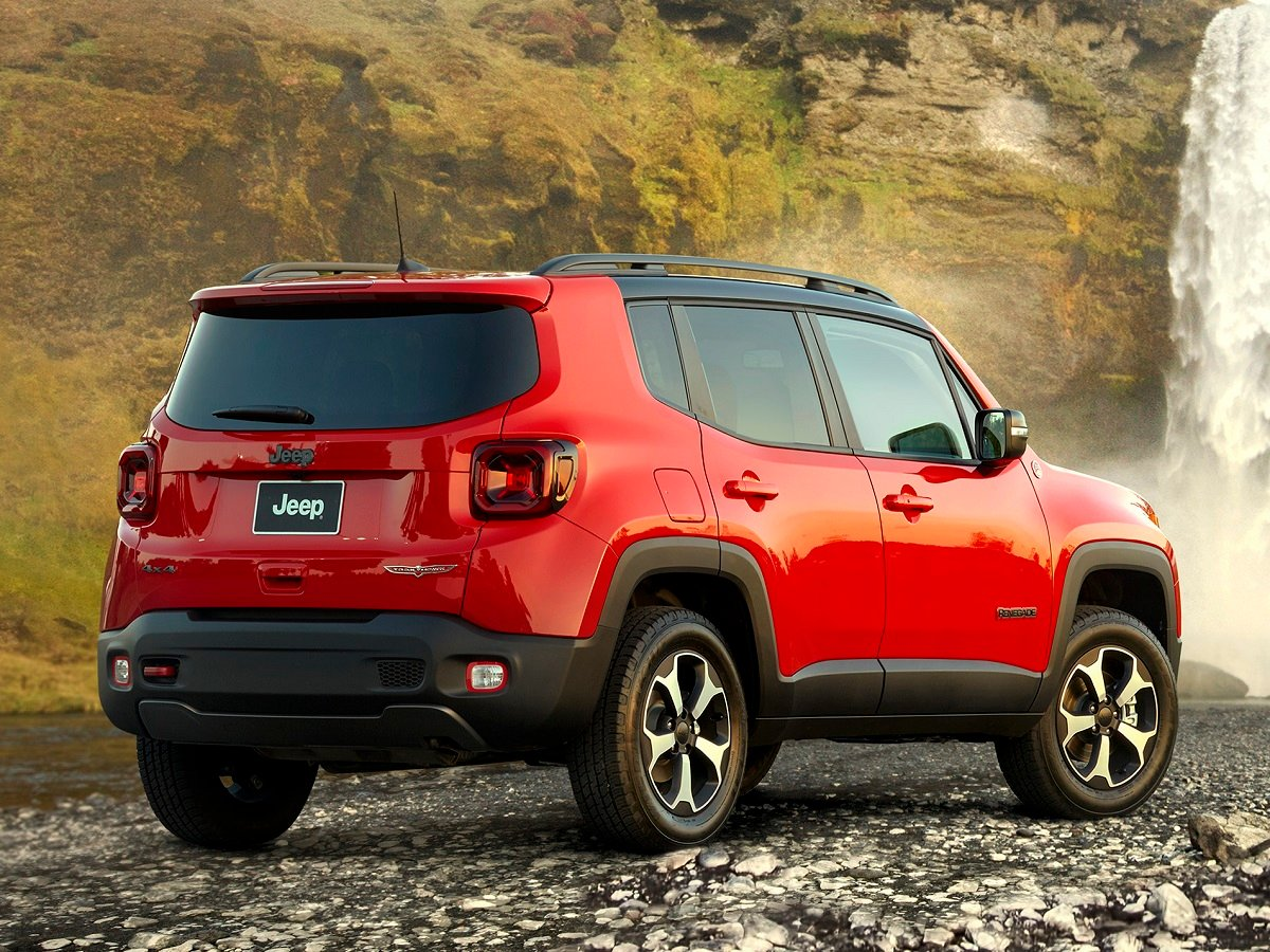2021 Jeep Renegade Trailhawk Red Rear Quarter View