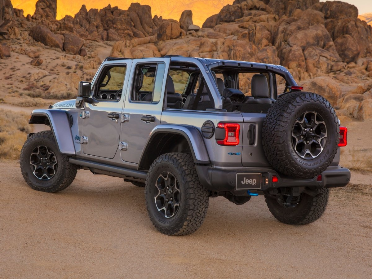 2021 Jeep Wrangler 4xe Plug-in Hybrid Silver Rear View Top Off