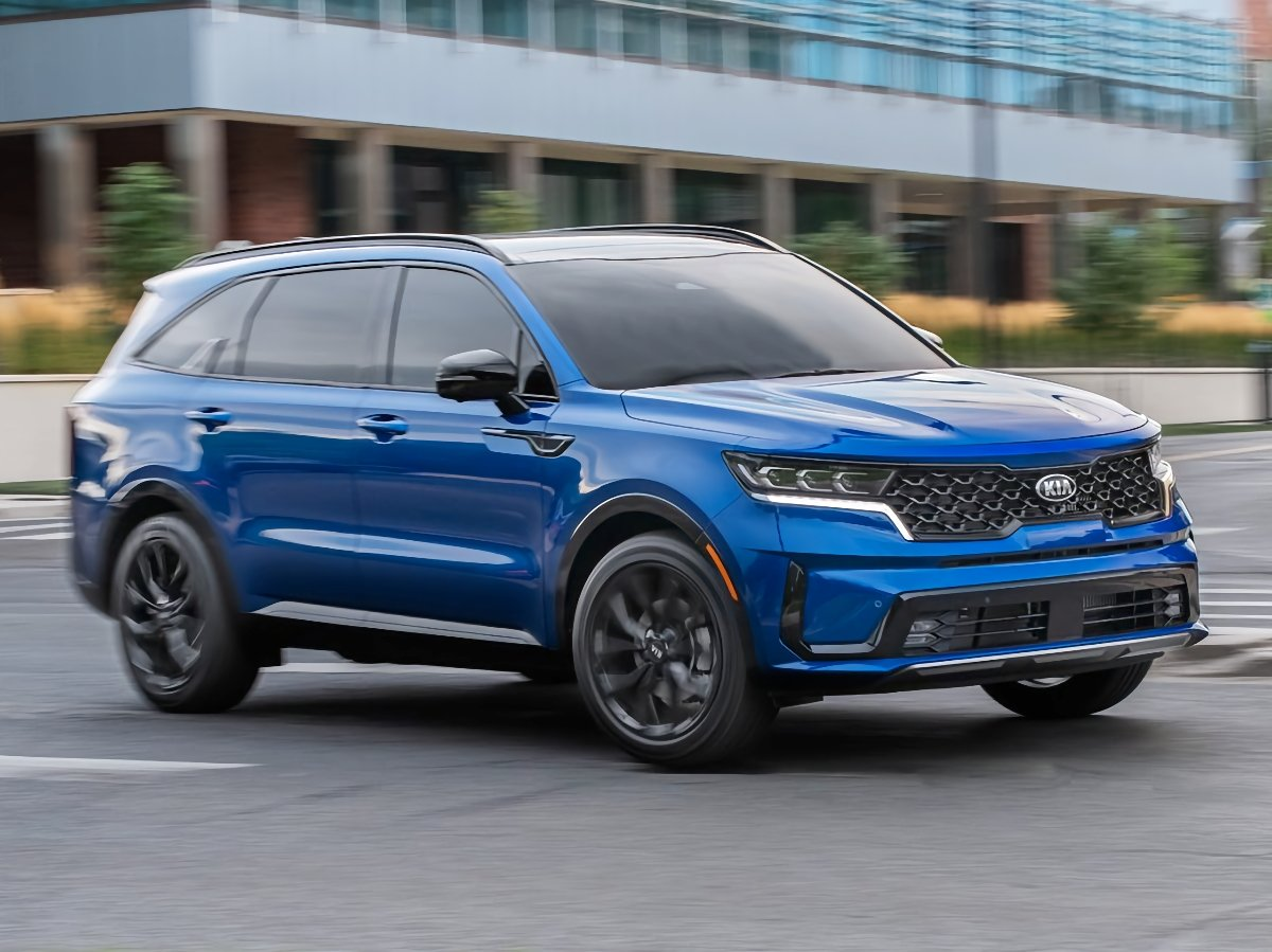 2021 Kia Sorento SX Blue Front Quarter Action