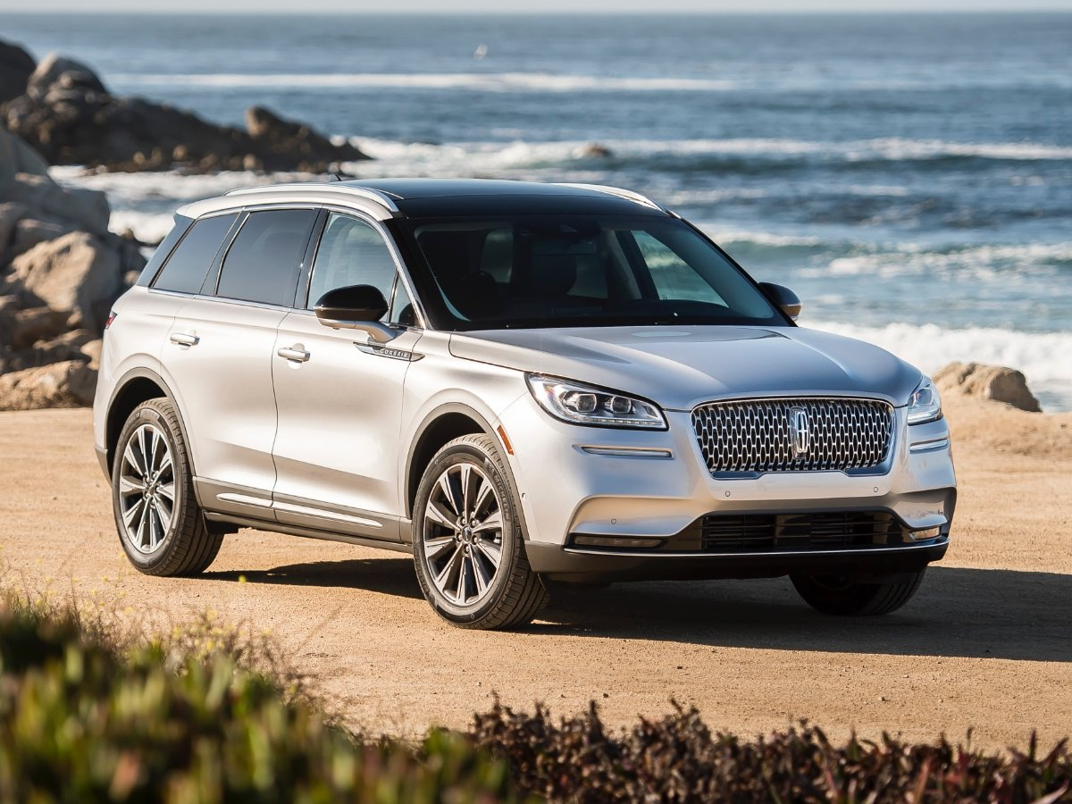Changes to 2021 Lincoln Models Reduce Lineup to Four SUVs