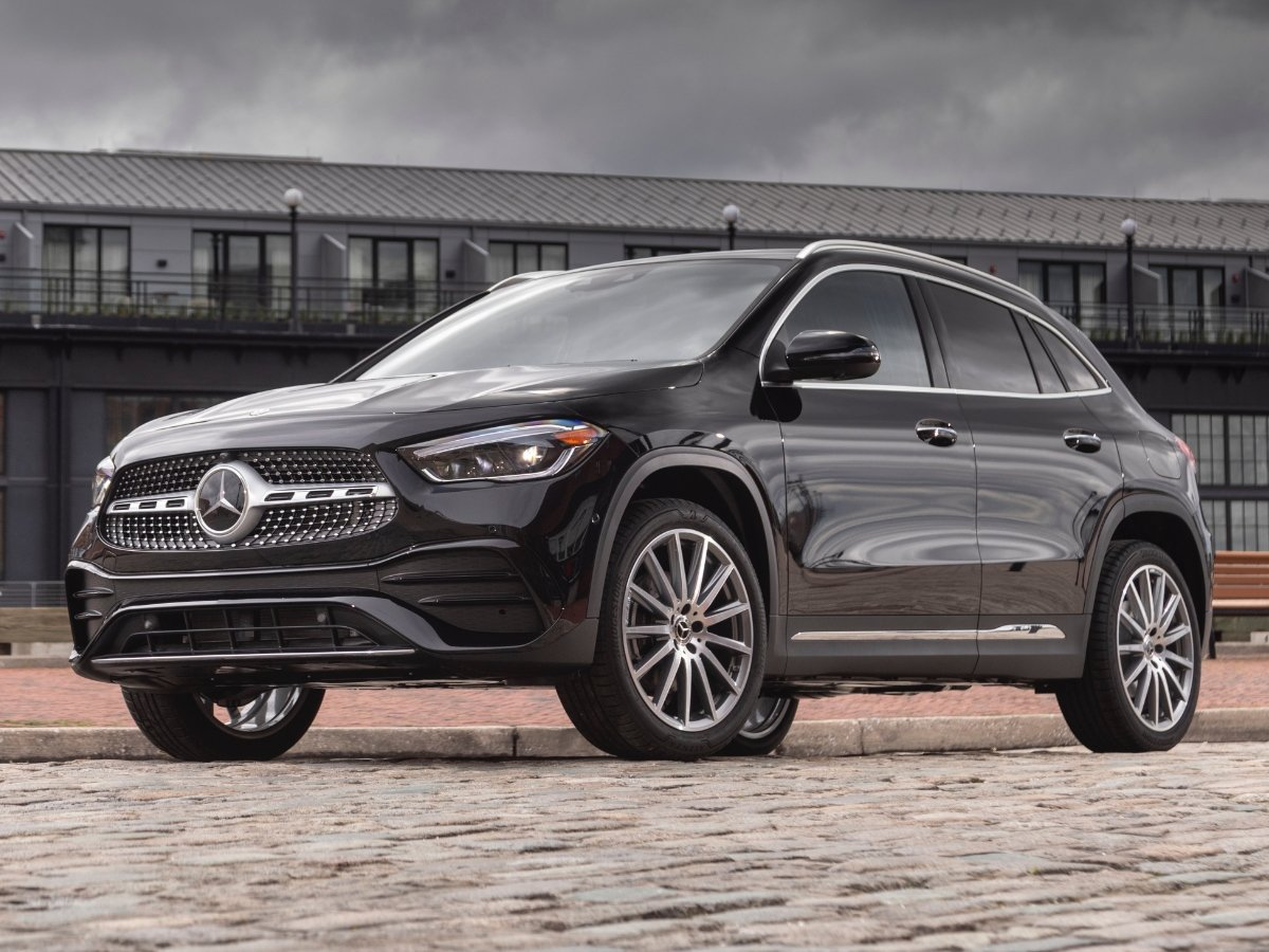 2021 Mercedes Benz GLA 250 Front View