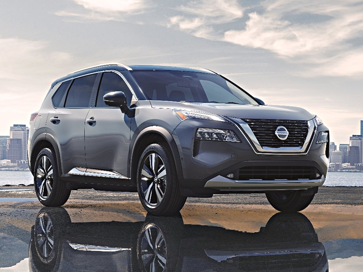 2021 Nissan Rogue Platinum Gray Front View