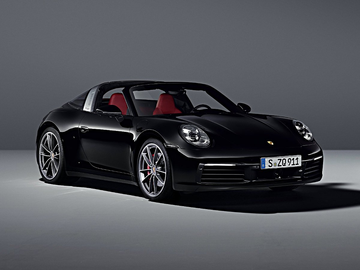 2021 Porsche 911 Targa front and side view in black