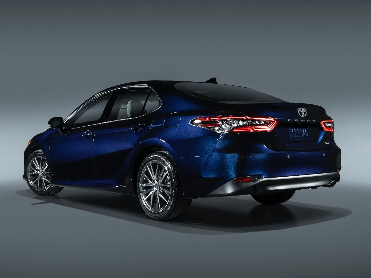 2021 Toyota Camry XLE Blue Rear Quarter View