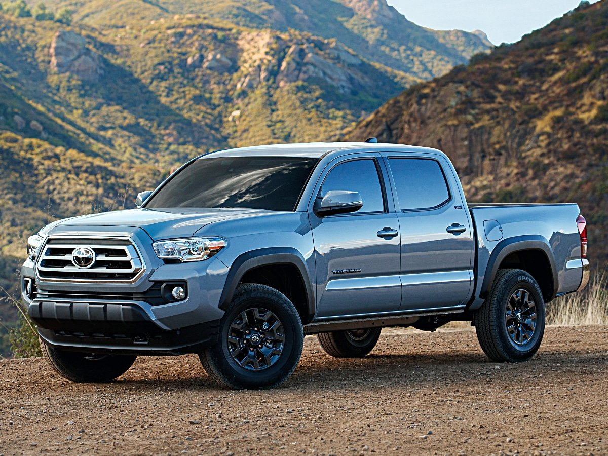 2021 Toyota Tacoma Trail Edition Front View