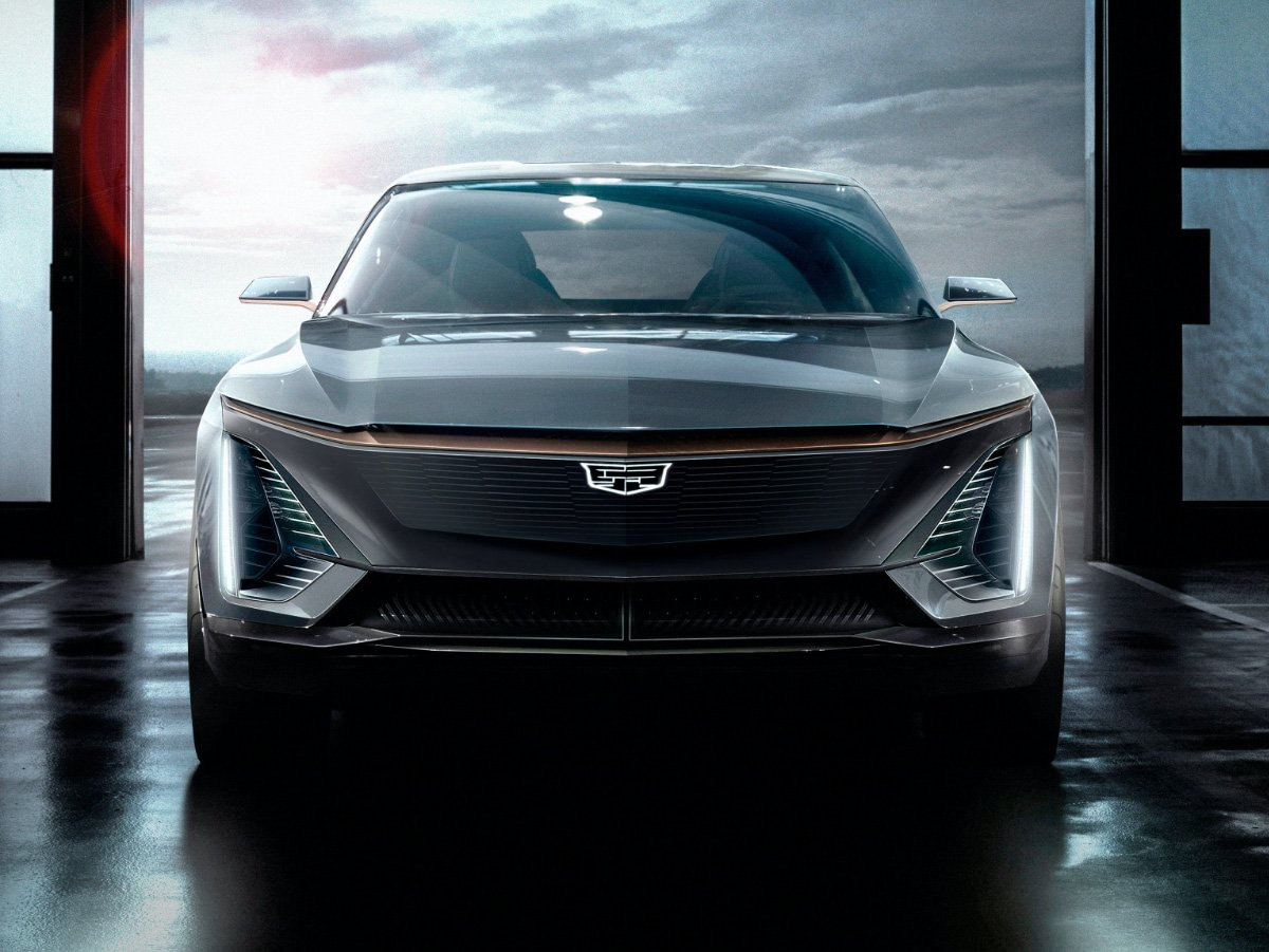 2022 Cadillac Lyriq Concept Electric SUV Front View