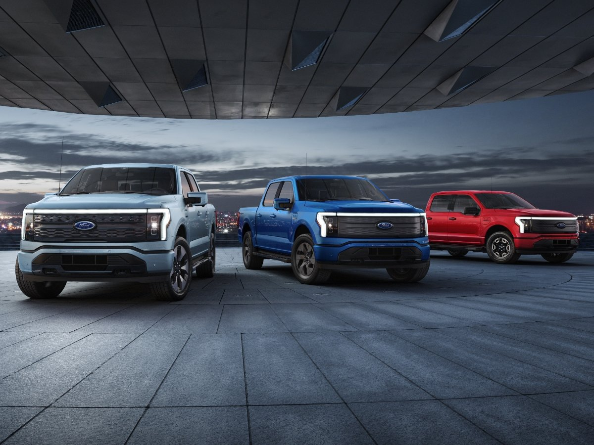 2022 Ford F-150 Lightning Preview
