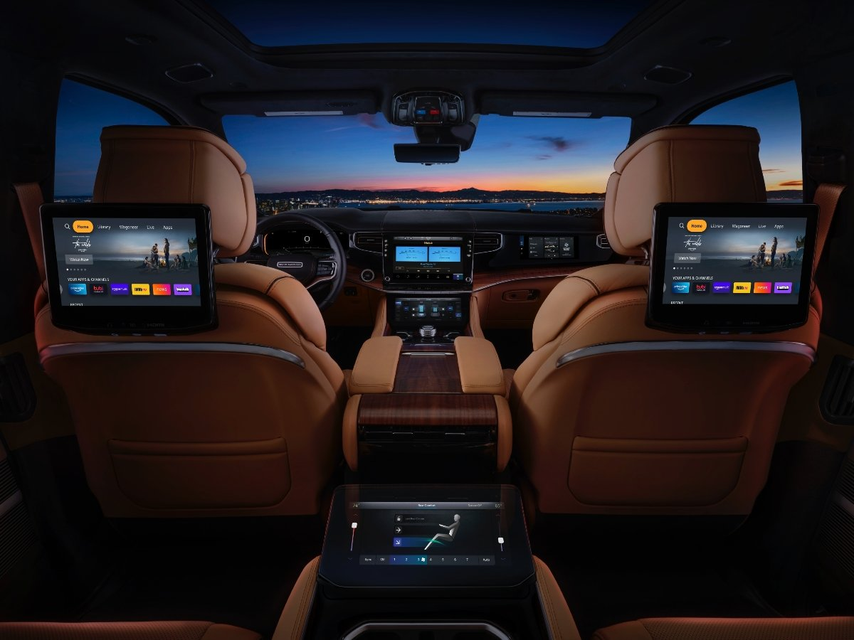 2022 Jeep Grand Wagoneer Screens Front and Rear Seats