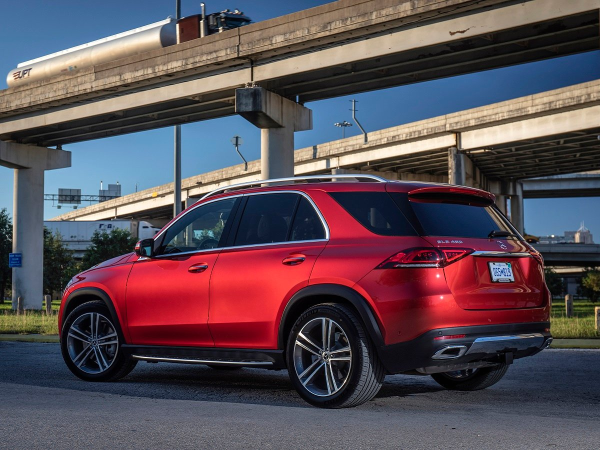 2022 Mercedes-Benz GLE 450 4Matic Red Rear Quarter View