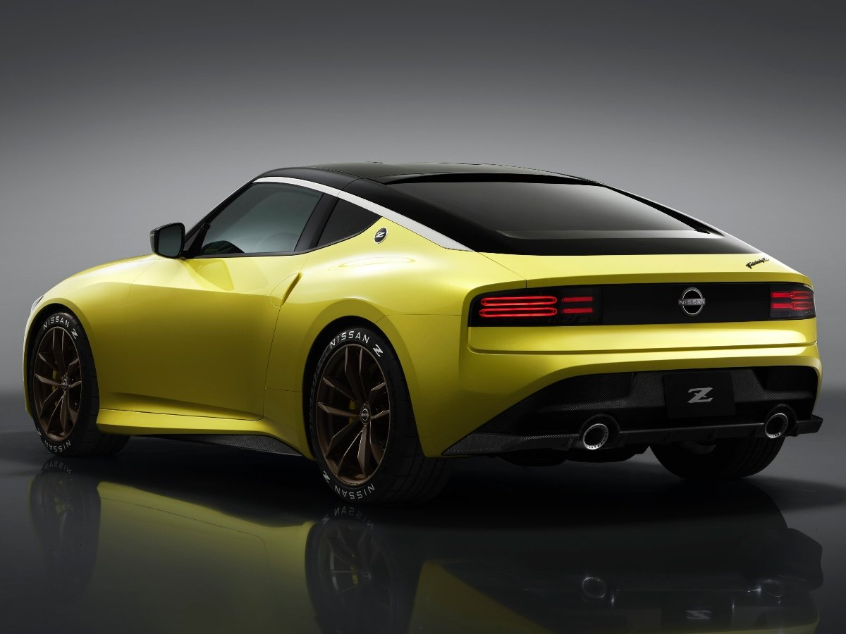 2022 Nissan Z Yellow Rear View