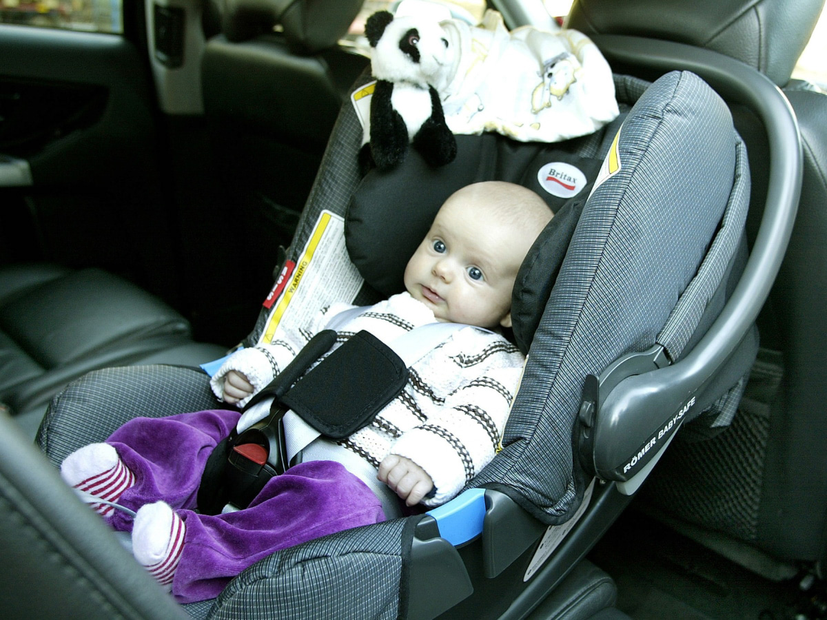 rear seat reminder system to remind drivers to check back seats