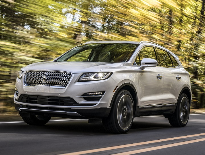 2019 Lincoln Mkc Front Quarter Left Photo
