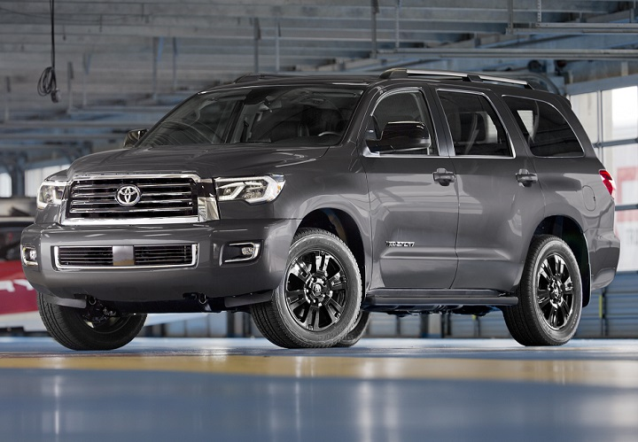 2018 Toyota Sequoia TRD Sport front quarter left photo