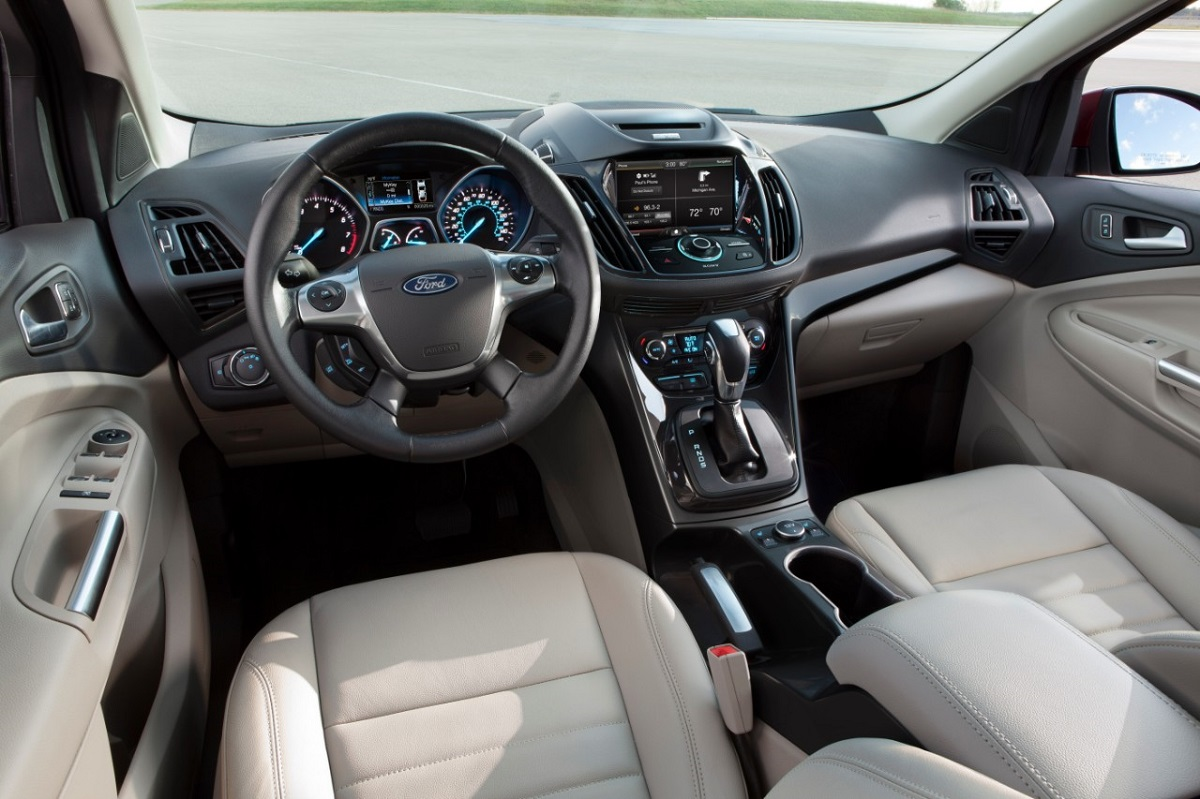 Interior features inside the base 2015 ford escape