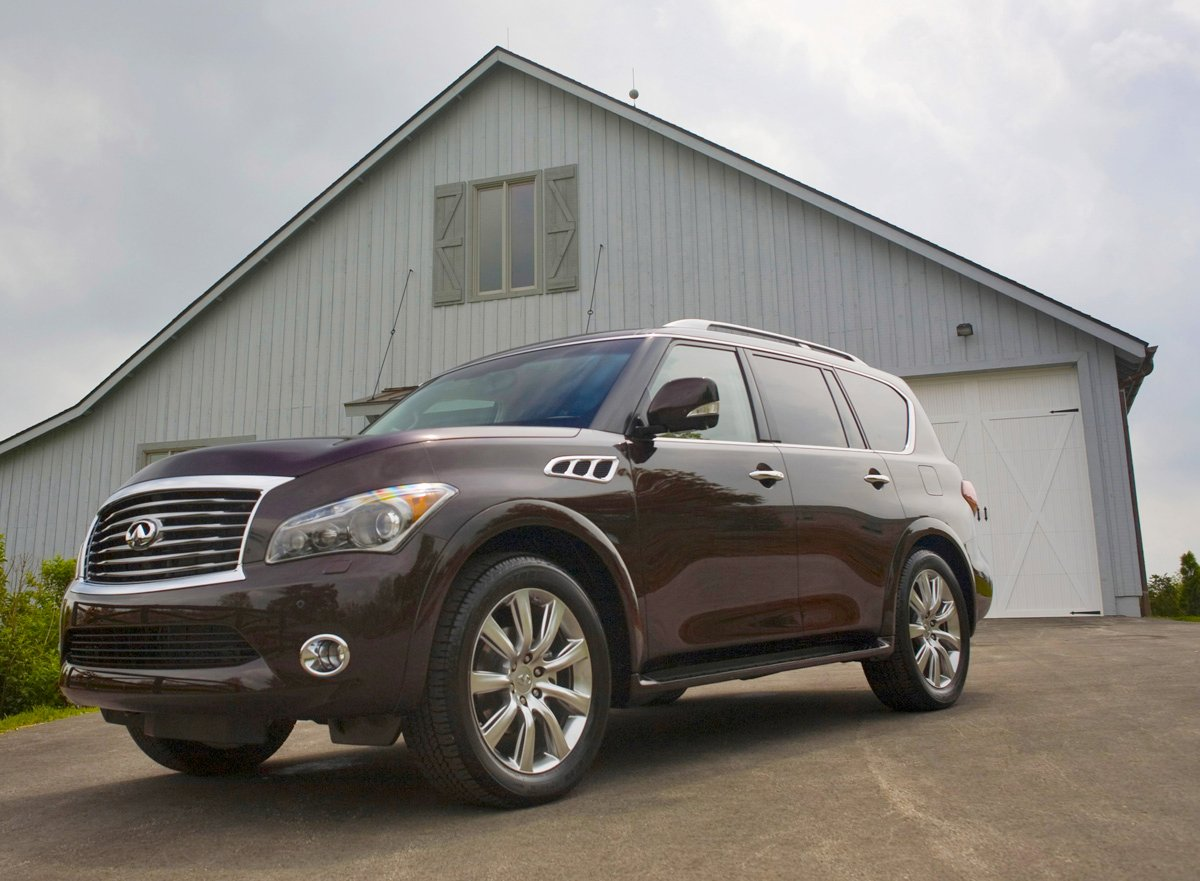 The Largest Of All Infiniti Models 2017 Qx80 Serves As Replacement For Virtually Identical Qx56 Despite Possibly Confusing Numerical
