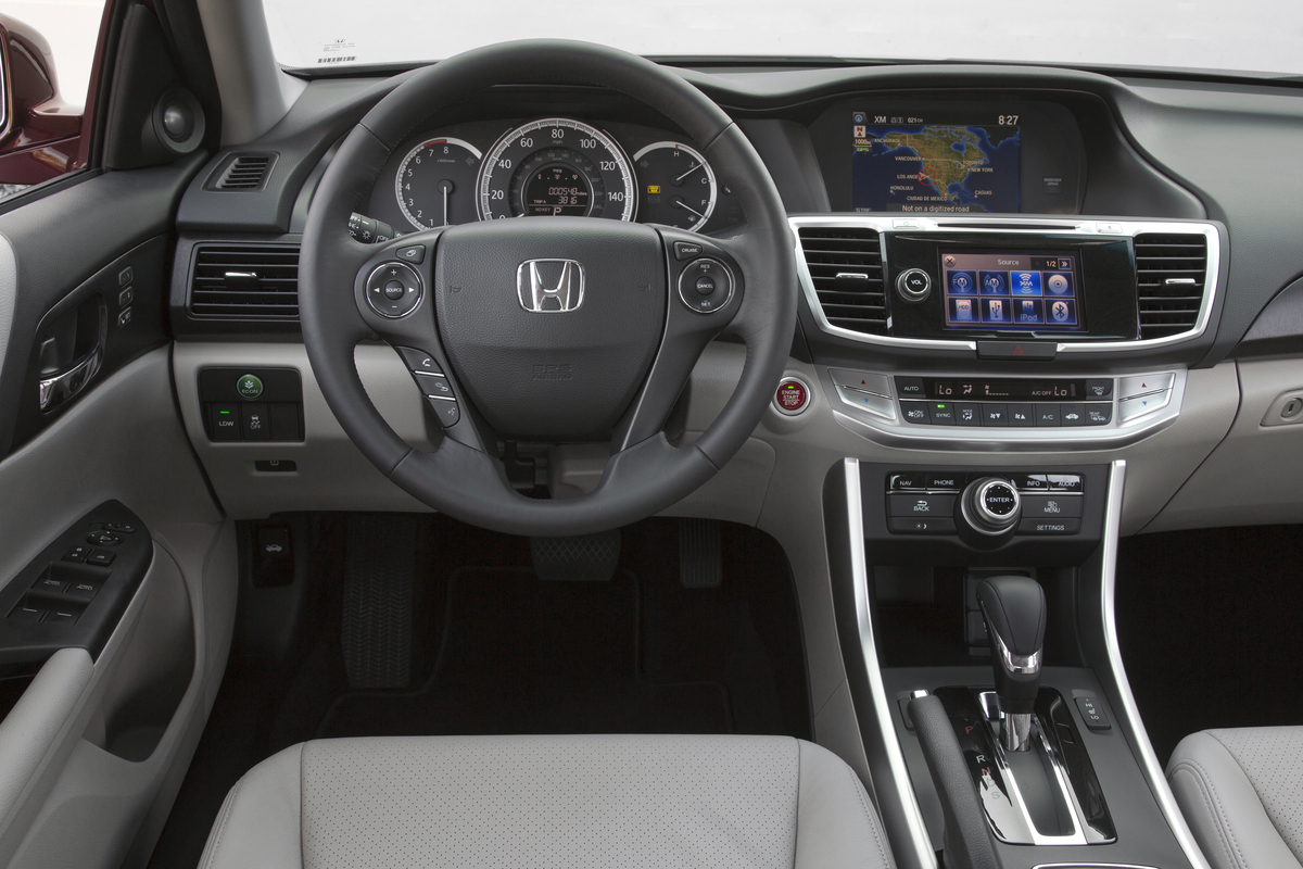 Standing In Contrast To Those Old Rides Is The 2015 Honda Accord LX Sedan,  Stuffed With Standard Amenities Like Automatic Headlights, Dual Zone  Automatic ...