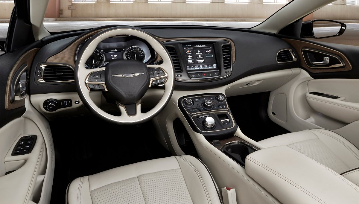 Chrysler 200 horsepower 2014