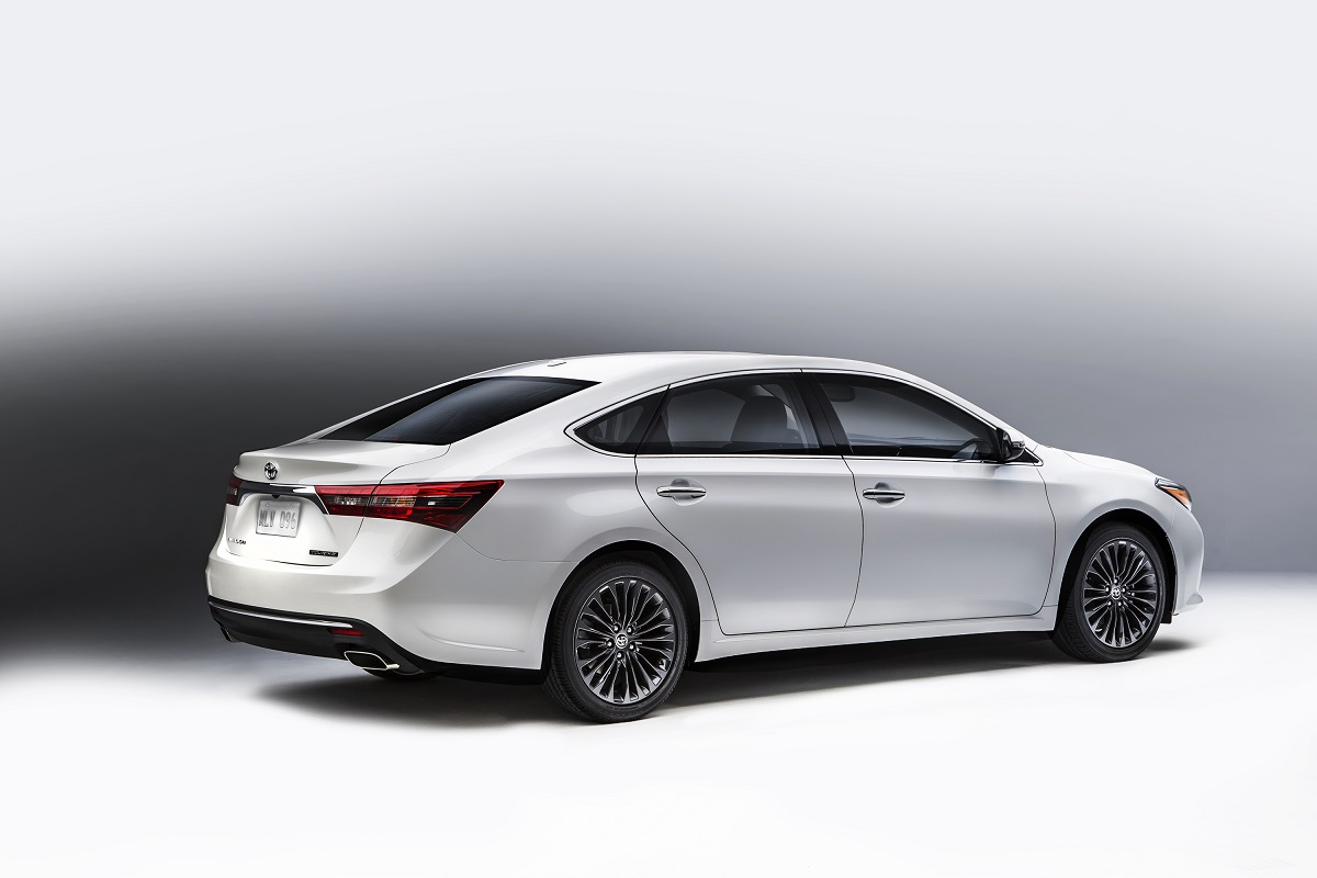 2016 Toyota Avalon Preview | NADAguides