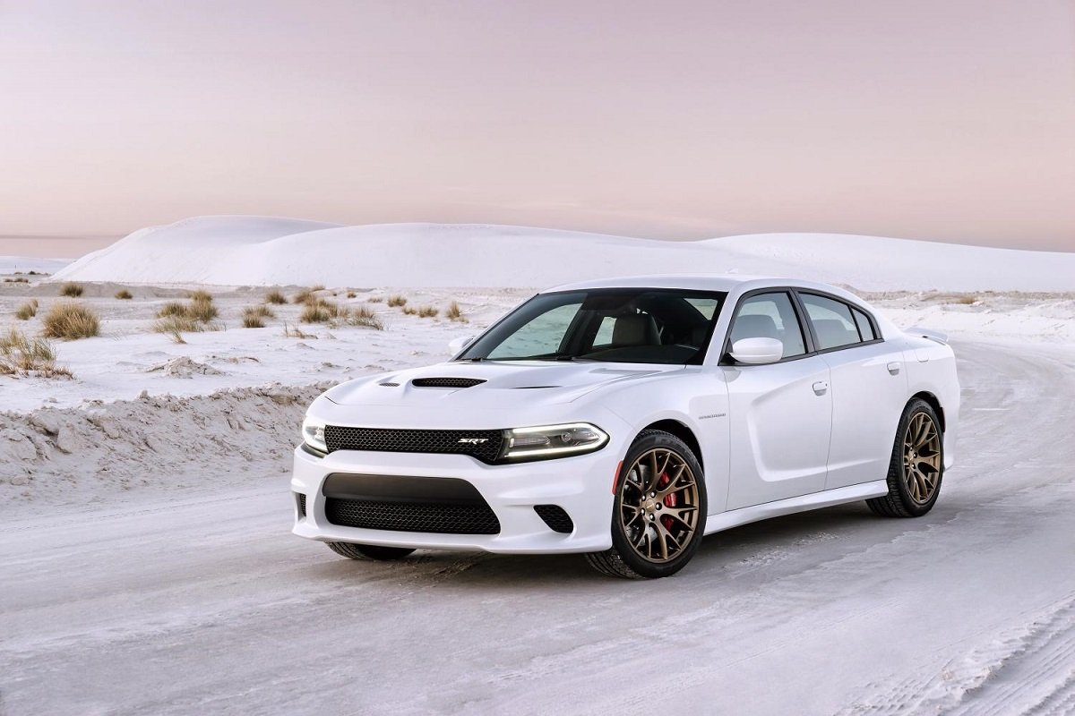 2015 Dodge Charger SRT Hellcat Preview | NADAguides