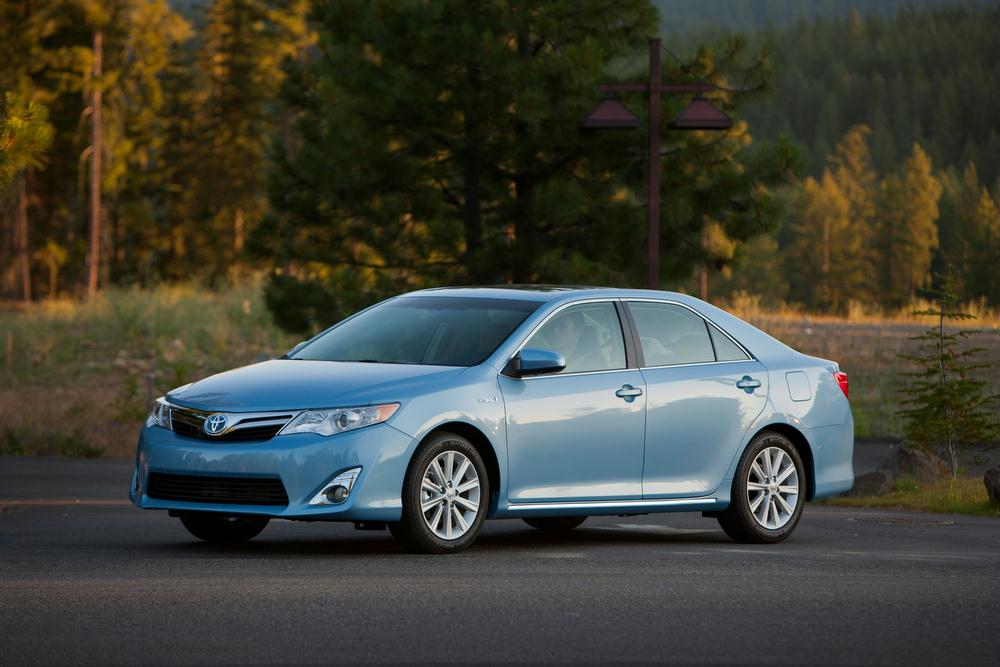 Exterior Features. The 2013 Toyota Camry ...