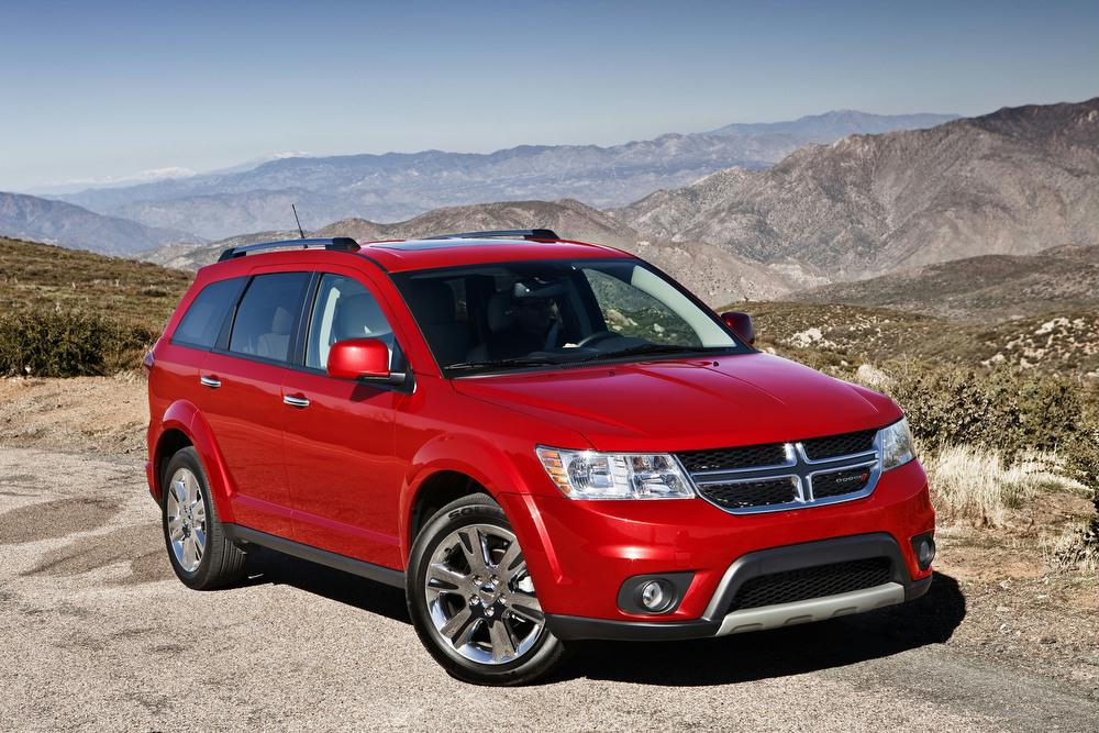 Dodge S Midsize Journey Crossover Model Offers Seating For Up To 7 Pengers Draws From A 4 Or 6 Cylinder Engine Can Be Configured With Fwd Awd