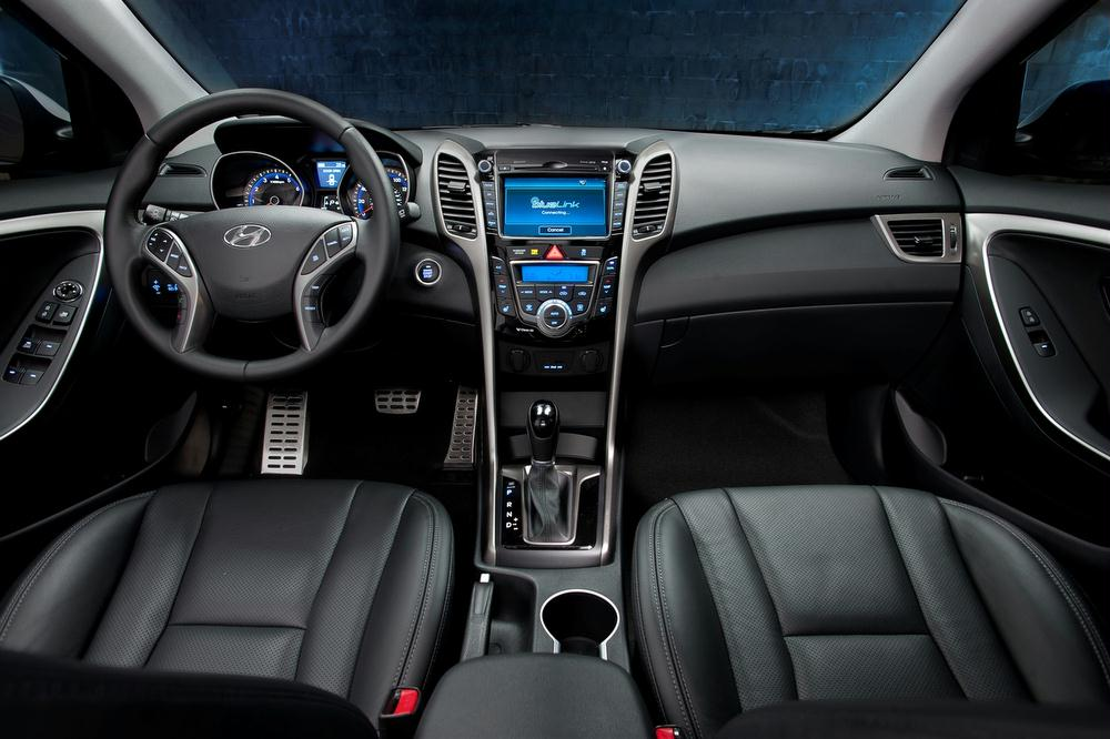 Hyundai Offers Two Option Packages For The 2013 Elantra GT. The Style  Package Includes 17 Inch Alloy Wheels, Performance Suspension, Aluminum  Pedals, ...