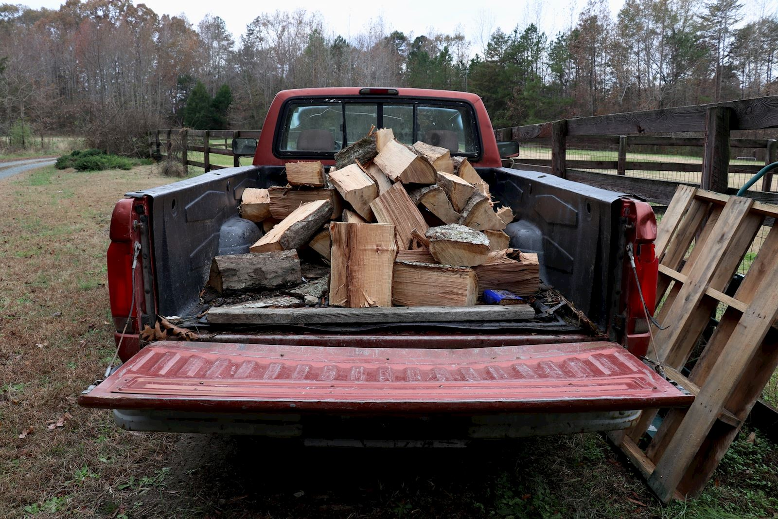 How to Measure a Truck Bed