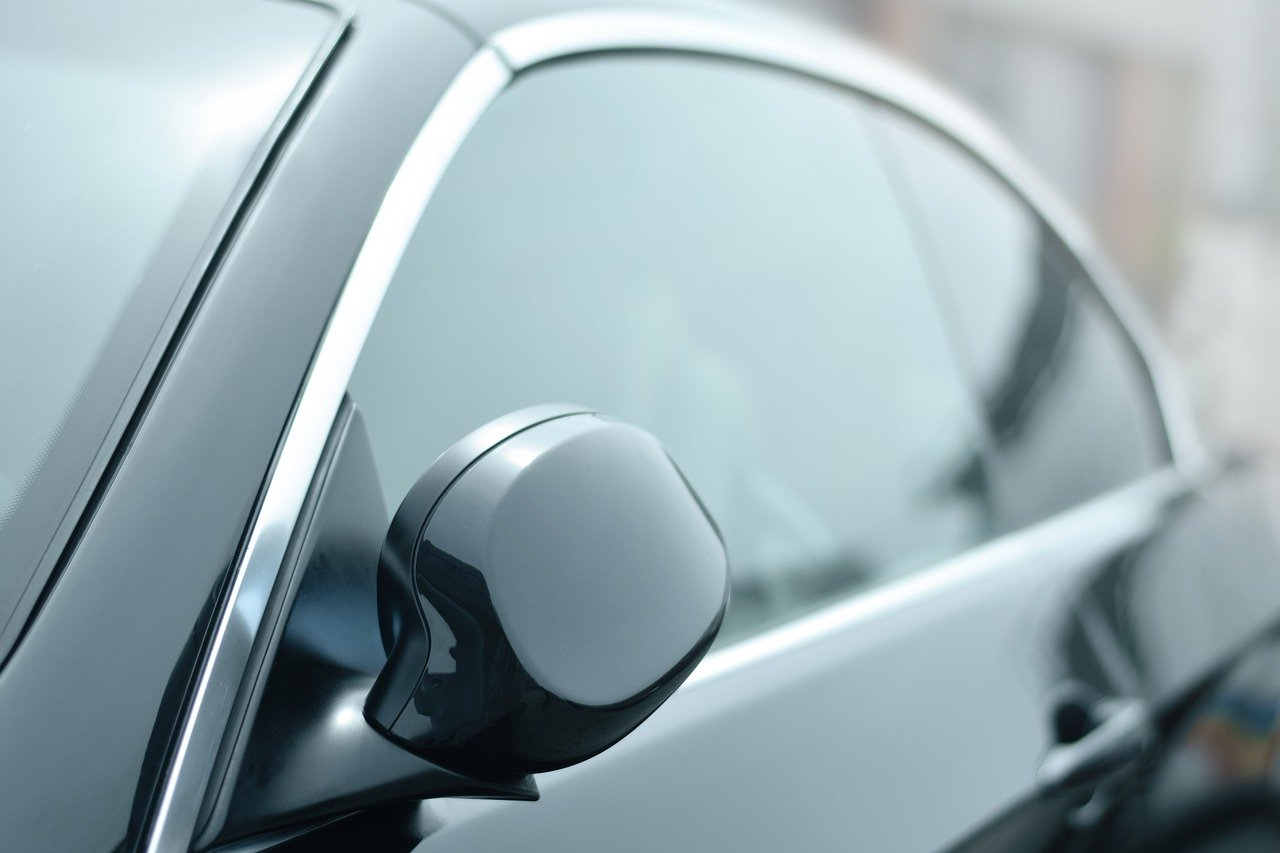 How to Take Off Window Tint (& Why You Might Need To, According to the Law)