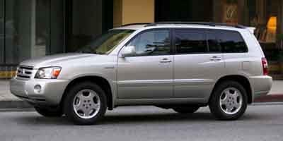2005 toyota highlander interior dimensions
