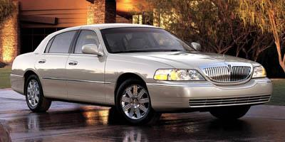 2005 Lincoln Town Car Sedan 4d Signature Limited Specs And