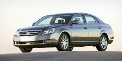2005 Toyota Avalon Sedan 4D Limited