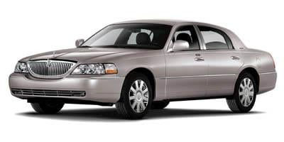 2007 Lincoln Town Car Sedan 4D Designer